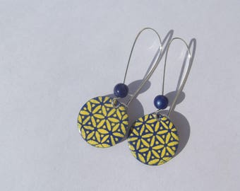 Earrings with large hooks sleepers in silver with Blue Pearl King and sequin enamel dark blue/yellow flower design