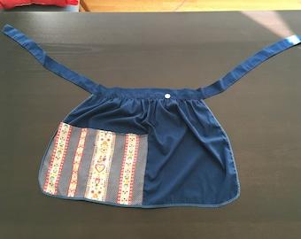 Vintage Cotton Apron - Blue Red White - Folk Art Apron - Apron with Pockets - Country Kitchen - Vintage Kitchen