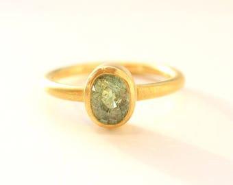 Ring of gold 22k with green tourmaline