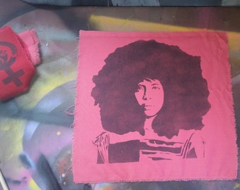 Erykah Badu patch stencil spray paint diy handmade street art feminist patches