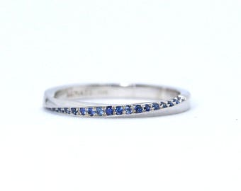 Eternity Band, White Gold Eternity Sapphire Wedding Band 2mm, Sapphire mobius wedding ring, Sapphire Band, Minimalist Ring, Unique Ring