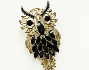 Vintage Owl Brooch / Retro Owl Pin / Statement Brooch / Black Stone Brooch