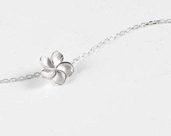 Tiare flower - silver bracelet