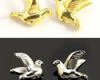 Set of 2 birds, brass or silver, 11.5 mm beads