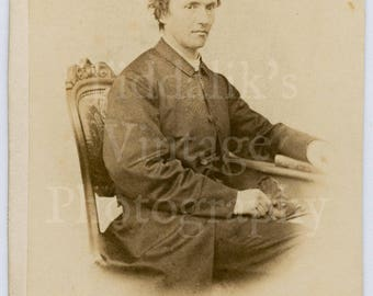 CDV Carte de Visite Photo Victorian Seated Handsome Man, Smart Suit - P S Cramer of Nurenberg Germany - Antique Photograph