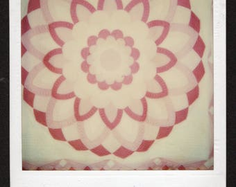 Vintage Color SX-70 Polaroid Snapshot Photo Hanging Quilt in Shades of Pink 1980's, Original Found  Photo, Vernacular Photography