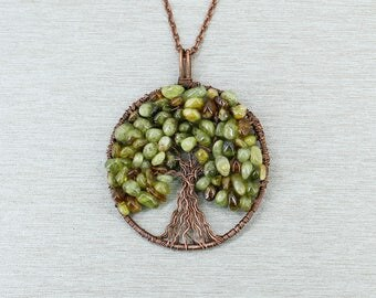 Tree-of-life necklace Green garnet necklace Garnet jewelry Healing crystal and stone Mom Birthday gift for mom gift for sister gift for wife