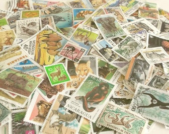 20 x animal & wildlife world postage stamps (loose in packet)