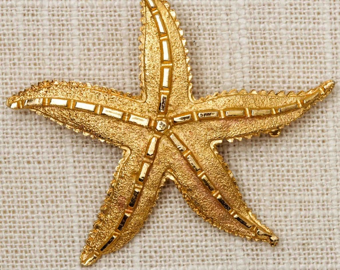Starfish Brooch Vintage Gold Etched Textured Star Fish Broach Vtg Pin 7T