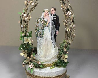 Vintage Garden Wedding Cake Topper, Keepsake Box in Gold and Blush Pink with Green