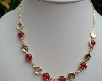 Gold chain in Ruby Red, 585 gold filled