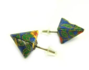 Origami earring Pyramide