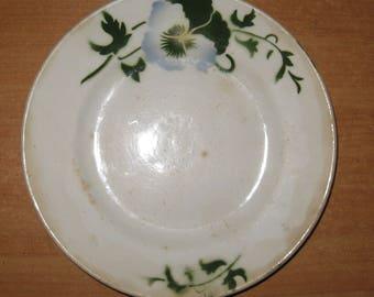 Vintage Porcelain Plate. Diameter 18 cm / 7,1 inches.