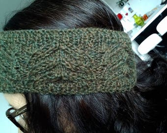 Example of head band hand knitted pure wool