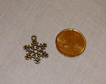 Snowflake CHARM bronze