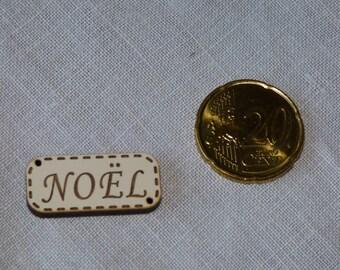 Wood Christmas collar ivory button