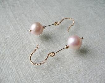 pearl earrings dangle drop earrings bridal earrings wedding earrings dainty gold filled modern minimalist earrings freshwater pink pearls