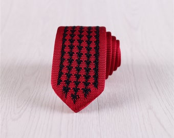 Red Striped Pointed End Knit Necktie, Skinny Knit Neck Ties with Black Triangles, Mens Wedding Knit Neckties with Gift Box-NT.371S
