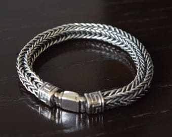 Mens .925 Sterling Silver Thick and heavy square snake bracelet handmade.