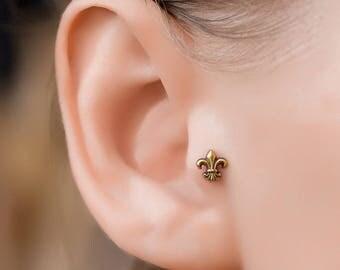 Tragus stud. cartilage stud. nature stud earrings. tragus stud. tragus piercing. ear tragus. 20 gauge tragus ring