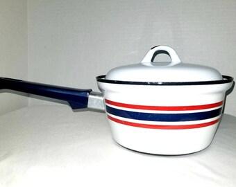 Vintage Enamelware Sauce Pot,Norway,Club Celebration,Enamel Pot,Enamel Cookware,Enamelware,Scandinavian,1.5 QTS,Catherineholm,Dansk,1960s