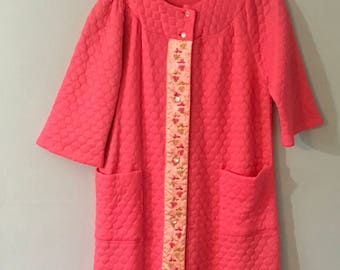 Vintage 1950s Pink Quilted Housecoat