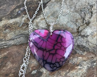 Beautiful Dragons vein agate with silver wire wrap necklace