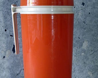 Great Vintage Mid-Century Pint Size Thermos/in Mandarin Orange and Beige/Trim King Seeley Thermos Co/Model 7202/Hot Soup  Coffee Container
