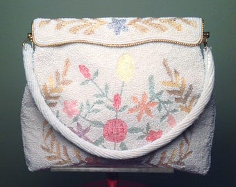 1950's 50s / Gorgeous Beaded Handbag Purse Evening Bag / Handmade /Seed Bead / Vintage / Floral Design