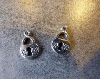 Charm set of 4 silver metal lock