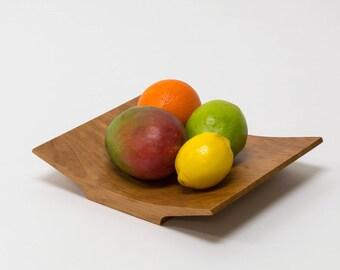 Ayaki Tray - Centerpiece Fruit Bowl