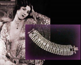 Elegant Shimmering Vintage Silver Tone Rhinestone Bracelet