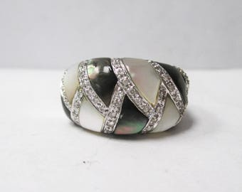 14K White Gold Mother of Pearl and Abalone Shell Ring, Size 7