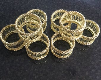 Vintage Gold Wire Napkin Rings     Set of 8 Wire Napkin Rings
