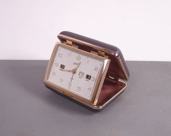 Vintage 1960s Er Bradley Gold Tone Wind Up Folding Travel Alarm Clock w/ Day Date Month - Made In Japan