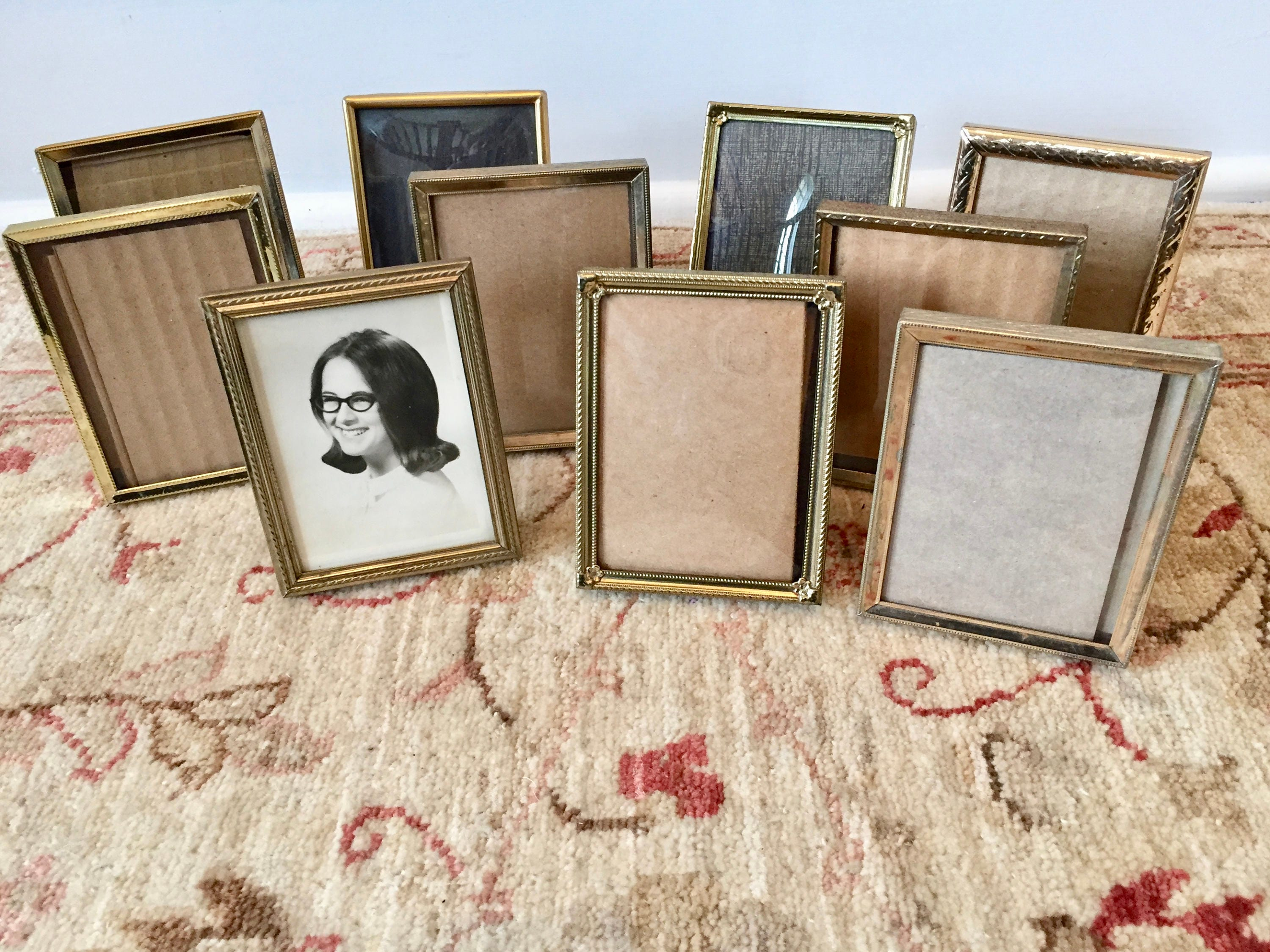 sold by twobecontinued - Mini Picture Frames Bulk