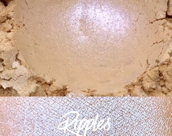Ripples, Ivory, 10 gram jar, Mineral Eyeshadow Pigment, Lace