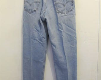 Men's,Vintage 90's Faded Blue RELAXED Fit Jeans By Levi's 550.31x34