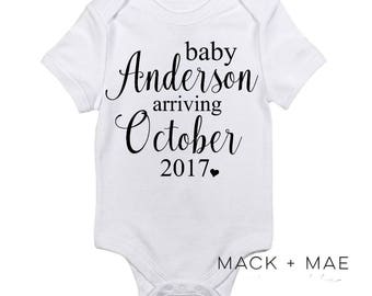 Pregnancy Announcement Bodysuit, New Baby Onesie,  Baby Arriving (Month/Year), Customizable, New Mama