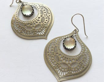 Morroccsn Cut Work Filigree Glass Drop Earrings