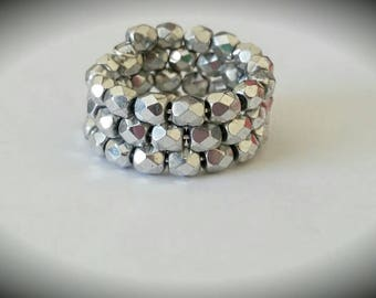 Silver Faceted Beaded Memory Wire Ring
