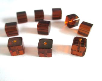 10 brown glass 8x8mm square beads