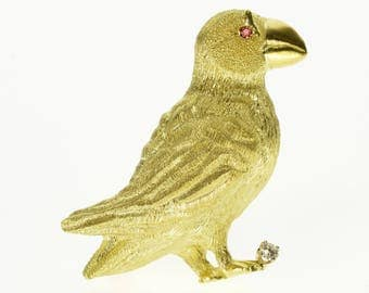18k Textured Ruby High Relief Ornate Puffin Bird Pin/Brooch Gold