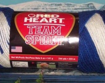 7970947 Red Heart Team Spirt 5 oz Royal  / White