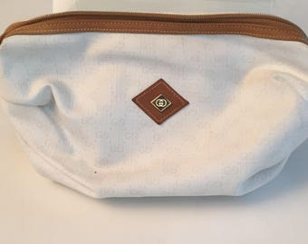 Gucci purse vintage Gucci cosmetic clutch monogrammed Monogram
