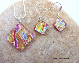 Unique finery, glass finery,dichroic glass finery,necklace and earrings glass,orange finery, red finery,handmade french