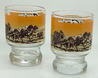 Vintage Knotts Berry Farm Pedestal Shotglass Stage Coach   Souvenir  California Buena Park Tourist Attraction