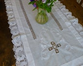 Vintage White Cotton Embroidered Table Runner with Antique Lace Edging 47x73cm