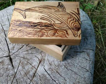Pyrography Jewelry Box, Wood Box, Jewelry Storage, Dolphin Jewelry Box, Wood Burned Jewelry Box, Pyrography Dolphin, Swimming Dolphin, Beach