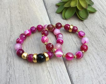 """Set of 2 """"Berry Berry"""" rich raspberry color agate beaded bracelets // Fast and free shipping"""